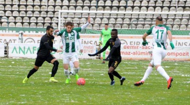 İstanbulspor maçına kar engeli